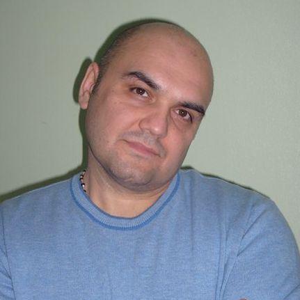 Олег Казакбаев